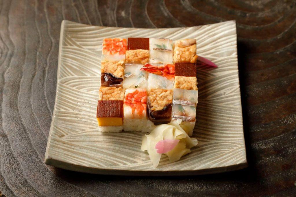 イートインの上箱寿司1,500円