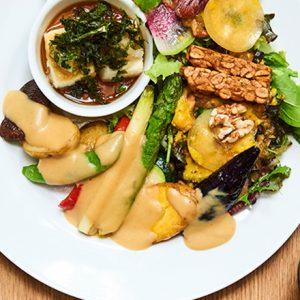 ナチュラルビューティーを叶える食事とは?表参道でおすすめのオーガニックカフェ&レストラン3軒
