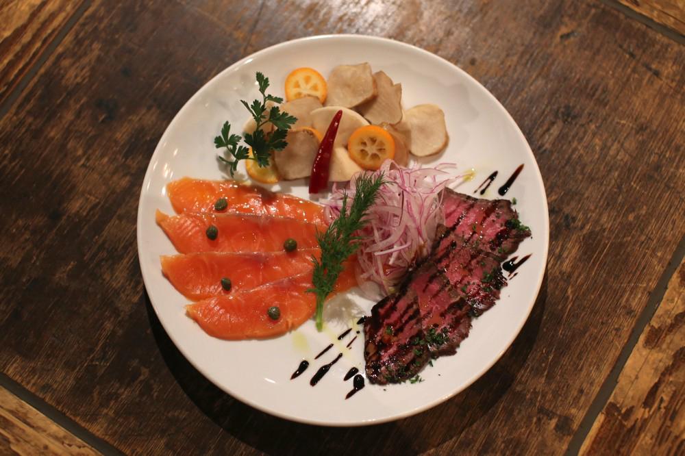 「前菜盛り合せ三種」1,000円