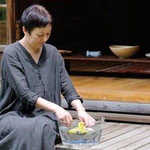 器ファンに愛される暮らしの雑貨店〈夏椿〉。新たな拠点に鎌倉の街を選んだワケとは?