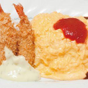 とろ〜り卵に濃厚デミがたまらない。「とろ旨オムライス」を食べられる東京の老舗店とは?