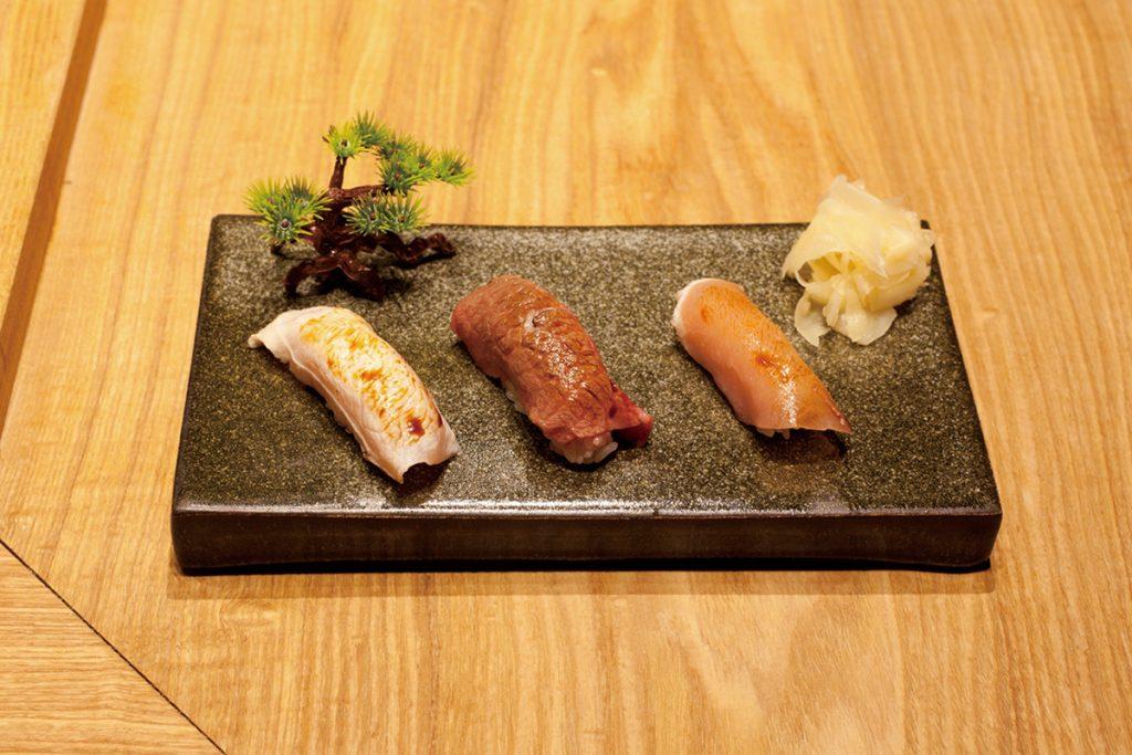 肉×酢飯のコンビが絶品!