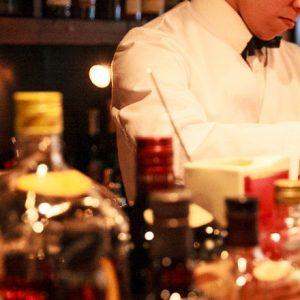 喫茶にバーに、八百屋のスムージーも。「根津」を楽しめる!おすすめ4軒。