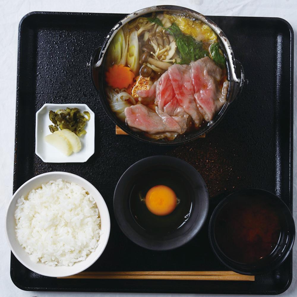 「松阪牛のすき焼き鍋御膳」3,400円
