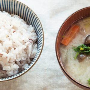 鎌倉野菜×こだわり調味料。鎌倉のおすすめ朝食専門店の究極の「一汁一菜」定食とは?