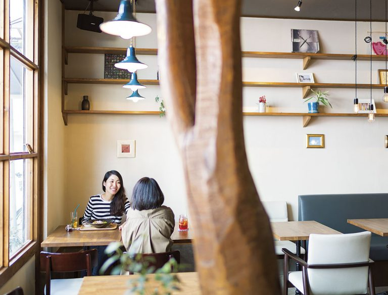 """<span class=""""title"""">natural cafe こひきや</span>"""