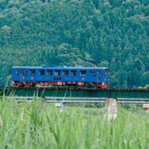 鳥取・若桜鉄道で片道30分の鉄道旅を。その魅力と沿線のオススメ店をご紹介!