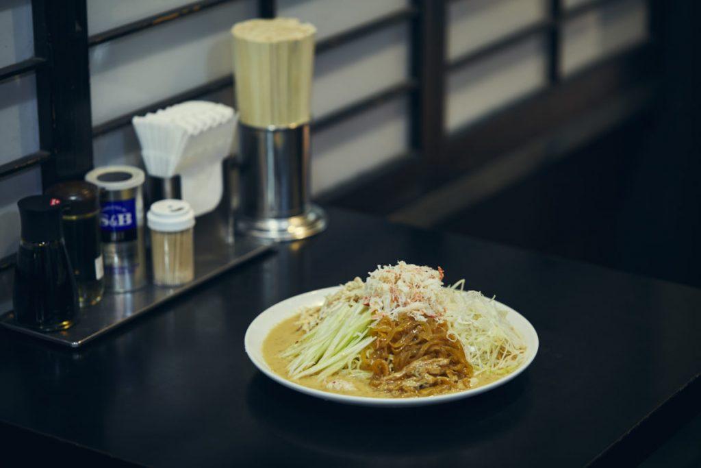 胡麻ダレ好きにはたまらない一皿「上海涼麺」は1,100円(税込)