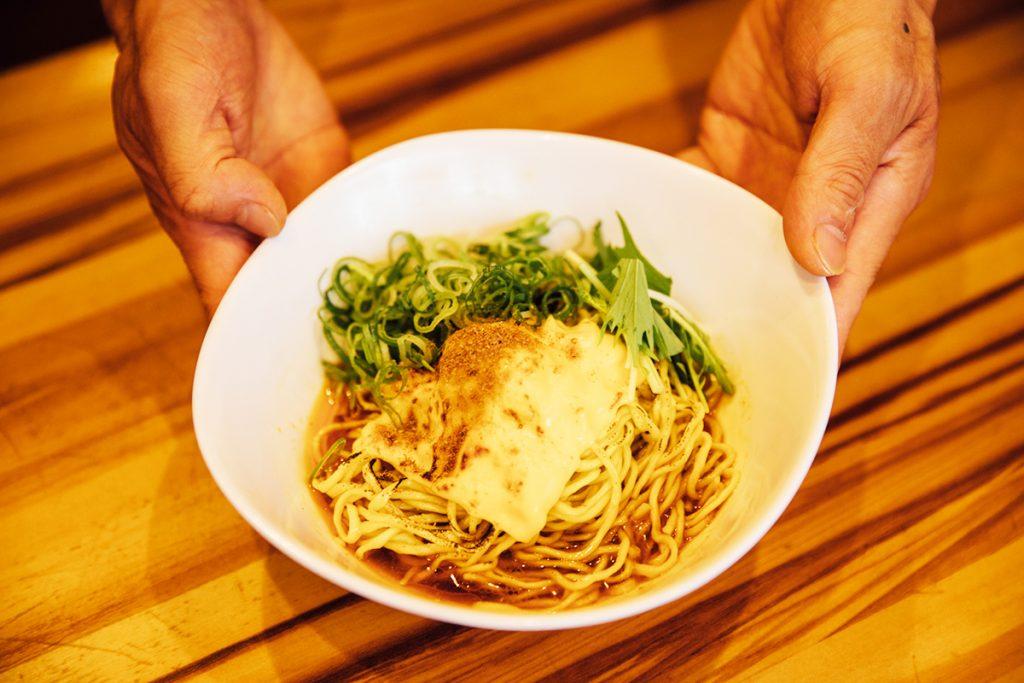 「汁なし担々麺 あぶりチーズ」650円(税込)