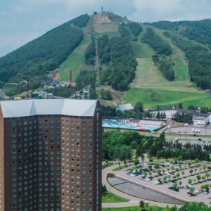 猛暑の東京を飛び出して、北海道・ルスツで健やかに過ごす旅。
