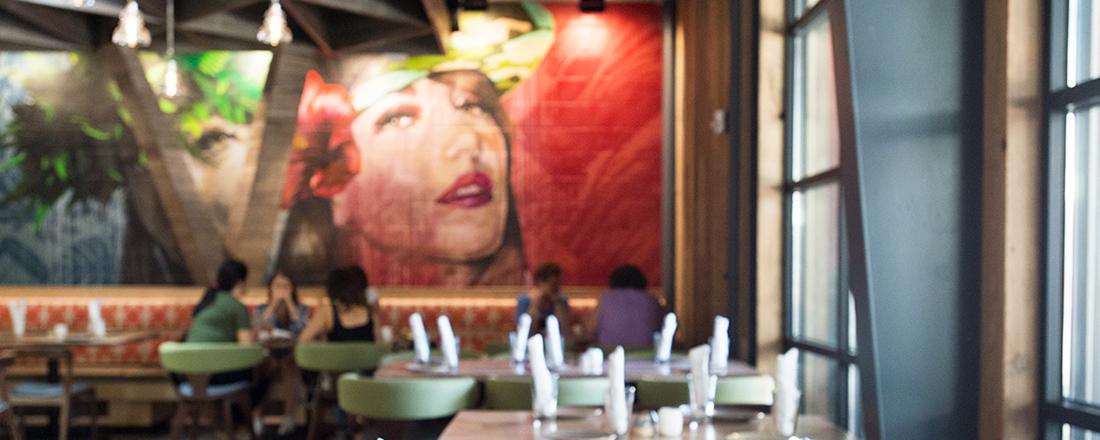 【ハワイ】いま注目の再開発エリア・カカアコのおすすめバー・レストラン3軒