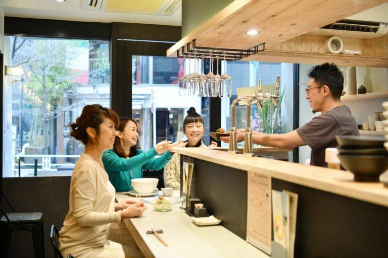 丸眼鏡タカハシの東京ニューオープンですよ!