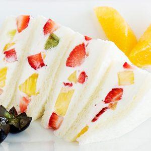 【横浜】旬のフルーツたっぷり!人気フルーツパーラー・カフェのおすすめスイーツ3選