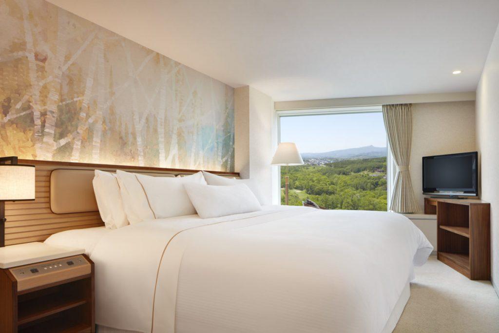 wes4369gr-194955-Bed-Room-King-Med