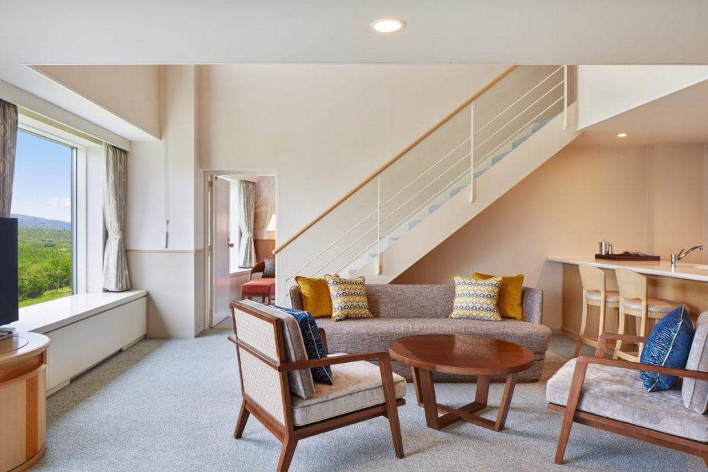 wes4369gr-195921-Living-Room-Five-Single-Beds-Room-Med