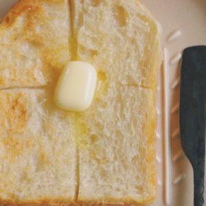 晩夏に合う食パンとは?…〈空と麦と〉と〈カフェバッハ〉