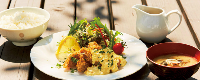 東京の楽園【伊豆諸島・三宅島】へ。島グルメを堪能できる美味しいカフェ・レストラン4軒