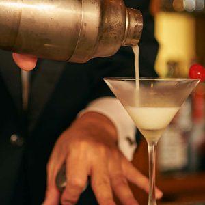 華金のご褒美に、素敵なカクテルを。〈帝国ホテル 東京〉のバーで日常からエスケープ!