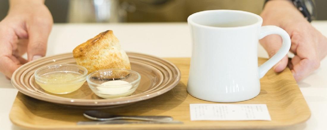 神楽坂でのんびりしよう!読書もコーヒーもおやつも楽しめるおすすめカフェ3軒