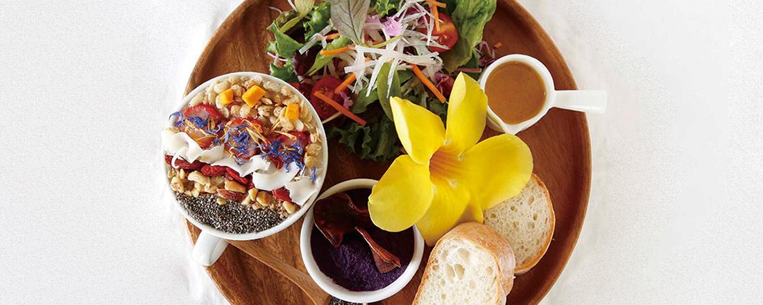 彩り豊かなプレートランチが楽しめる【石垣島】のおすすめカフェとは?