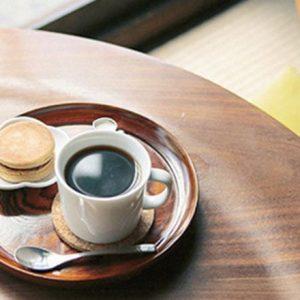 のんびり京都さんぽ。景色を眺めてホッと一息、京都で愛される川沿いカフェ。