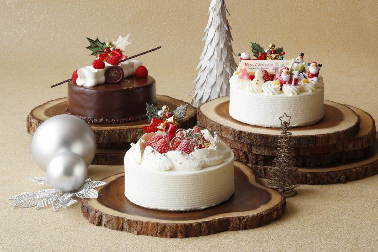 【ショートケーキコレクション】 左から「ラズベリーショコラ」5,100円、「ストロベリーショートケーキ」5,100円、「サンタショートケーキ」5,300円 全て15cm