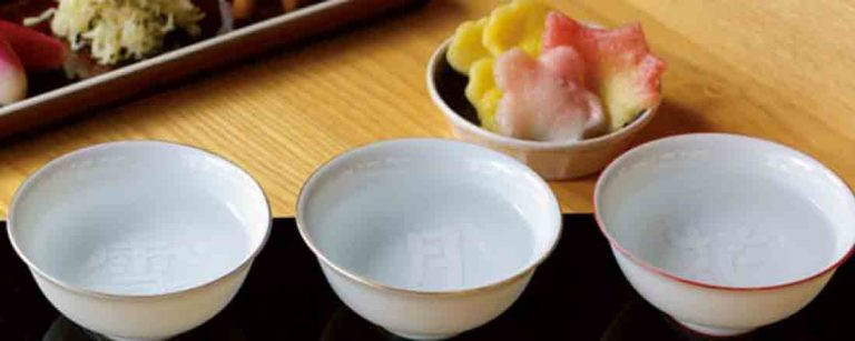 初心者でも飲み比べを楽しめる!【京都】美味しい日本酒を楽しめる専門店。