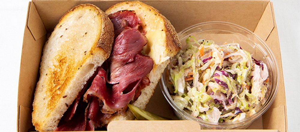 絶品サンドイッチがテイクアウトできる!丸の内OLにもおすすめの人気カフェとは?