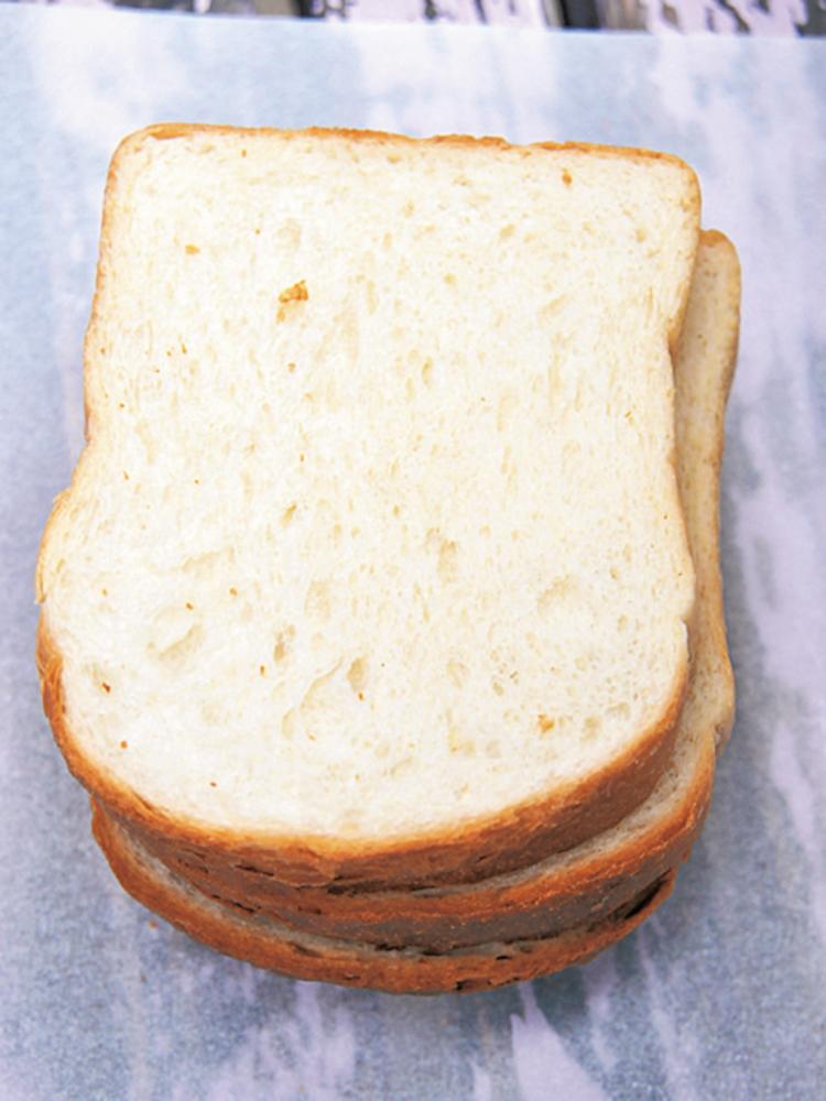国産小麦を使った食パン、プリマベーラ1斤290円
