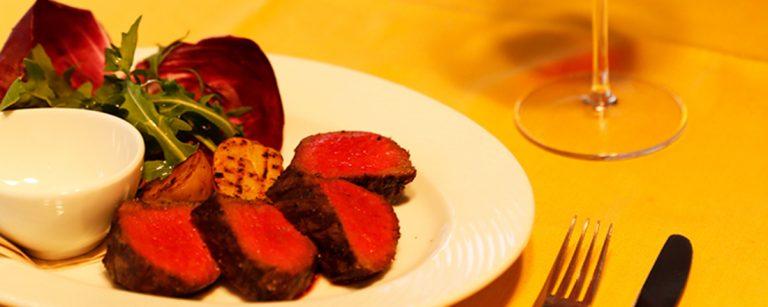 「ワイン×肉」の幸せペアリングを堪能!日本橋の人気イタリアン・ステーキ・焼肉店とは?
