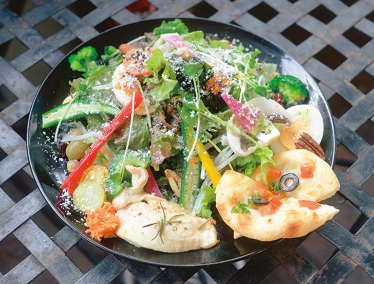 「30品目のサラダ+チキンロースト」1,000円