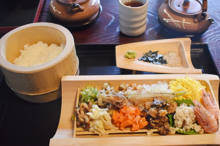 竹原名物の「魚飯(ぎょはん)」