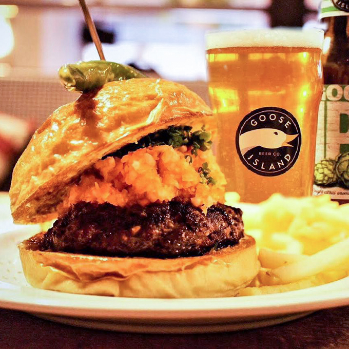 Burgers_Osaka_Food