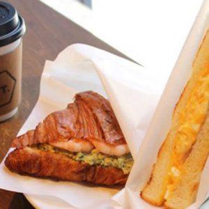 実は穴場!サイドメニューも美味しい【日本橋エリア】ハイセンスなコーヒーカフェ。