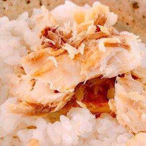 ジューシーな脂が溶けだす!〈あかふさ食品〉の「ゴロほぐし焼鯖」~眞鍋かをりの『即決!2000円で美味しいお取り寄せ』第31回~