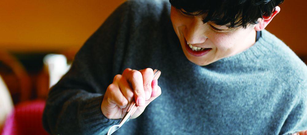 Hanako『全国、いま絶対に行きたい店』特集、人気声優・山下大輝さんのオフショット動画フルバージョンを大公開!