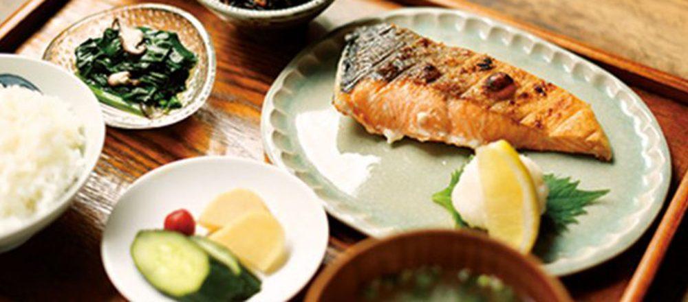 「焼き・揚げ・煮込み」で味わう魚料理。今、気になる定食屋さんって?