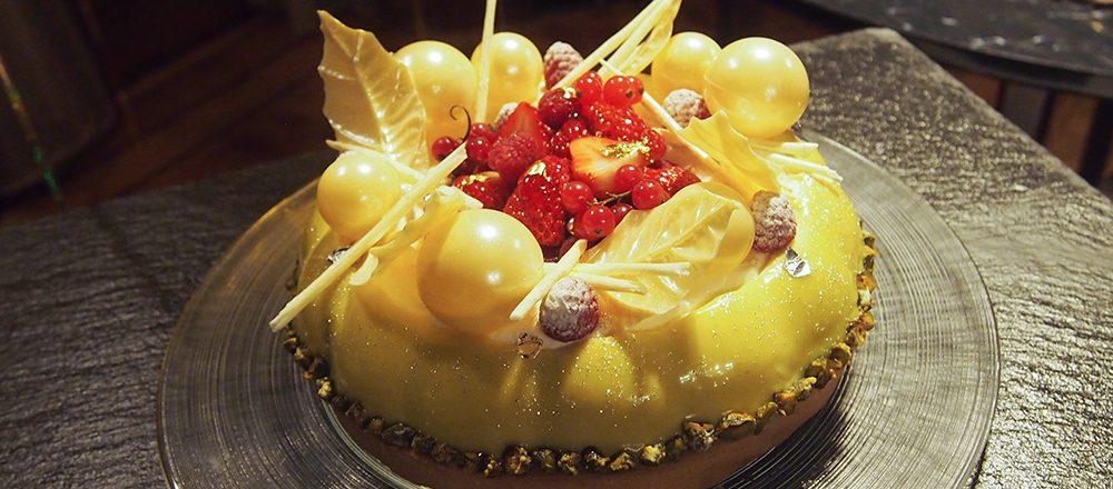 今年は〈プリンスホテル〉のクリスマスケーキで贅沢パーティーを。