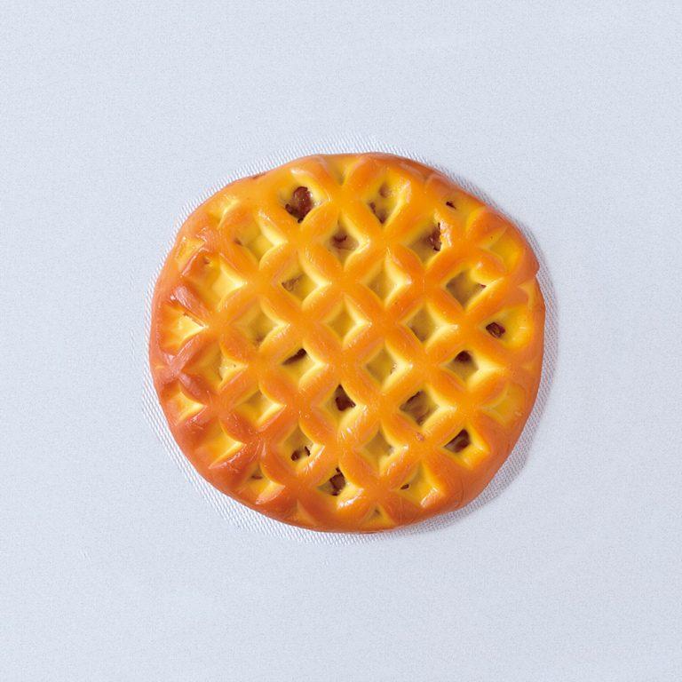 クルミ入り手作りスモークチーズ