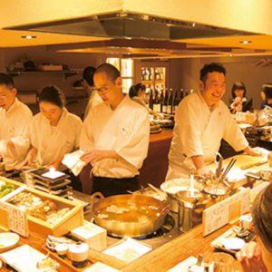 リーズナブルな創作料理が人気!食の都・福岡でいまアツい割烹居酒屋〈赤坂こみかん〉とは?