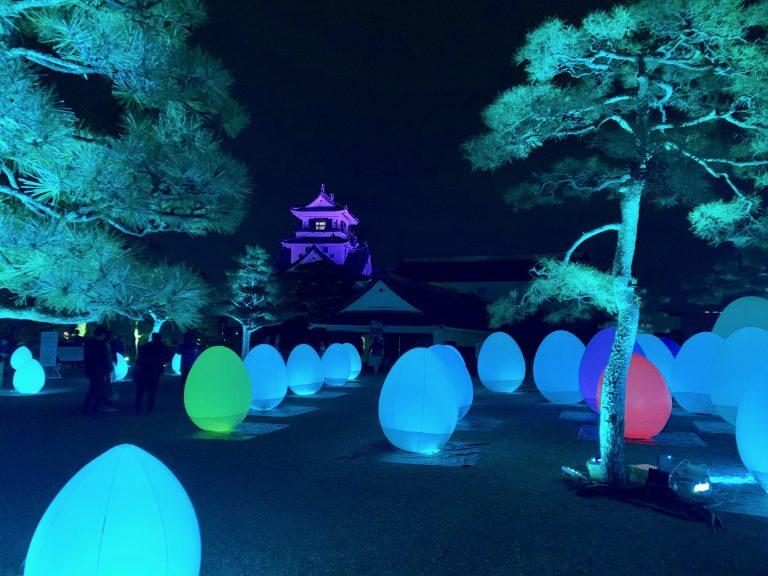 ■2019年1/6(日)まで『チームラボ 高知城 光の祭』を開催中。