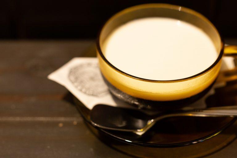 個人的にオススメなのが、約6時間かけて抽出したダッチコーヒーで作るパンナコッタコーヒーゼリー430円。