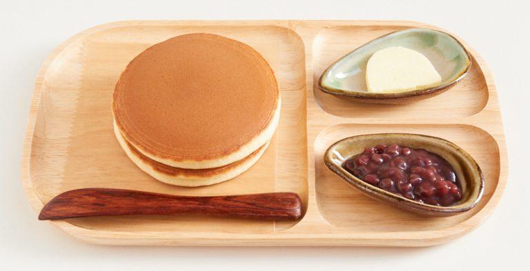「うさパンケーキ」650円。オープンから10分以内の来店者のみ食べられる特別メニュー。