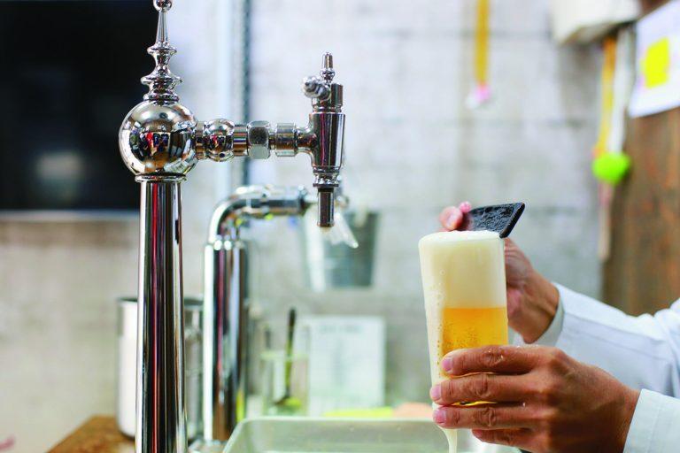 ビールは1年のうち11カ月は「アサヒ生ビール」を使用。