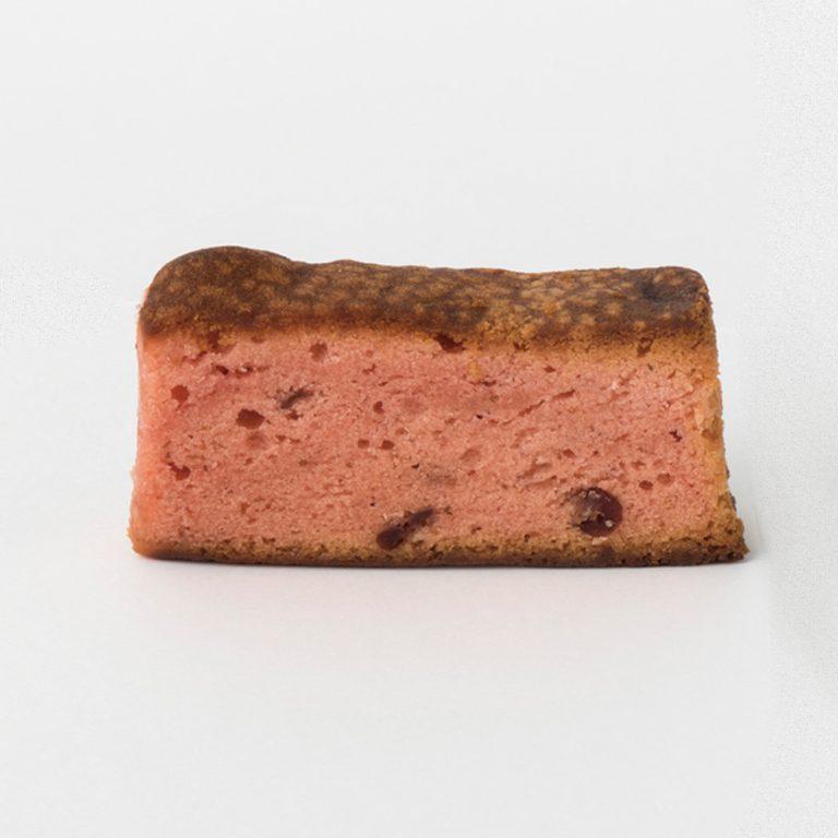 「クランベリーとフランボワーズのケーキ」