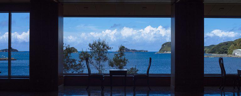 長崎北部の島・壱岐でリフレッシュ休暇。自然とグルメを堪能できる宿〈海里村上〉へ。