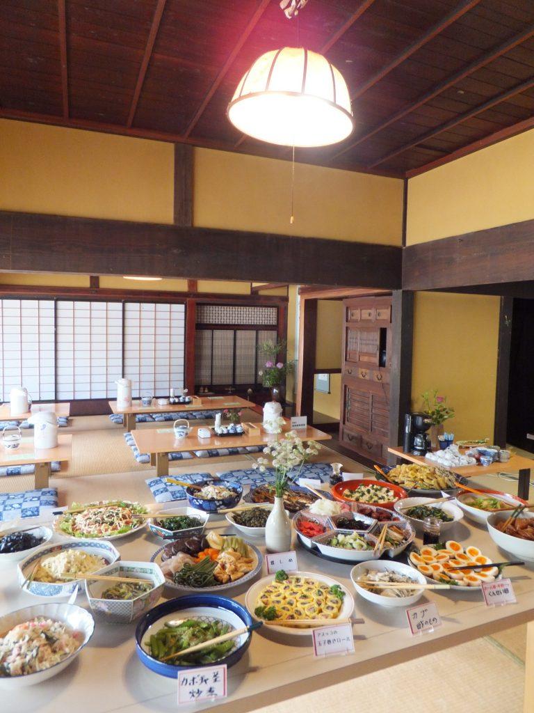 島根 〈田舎料理 かやぶき〉