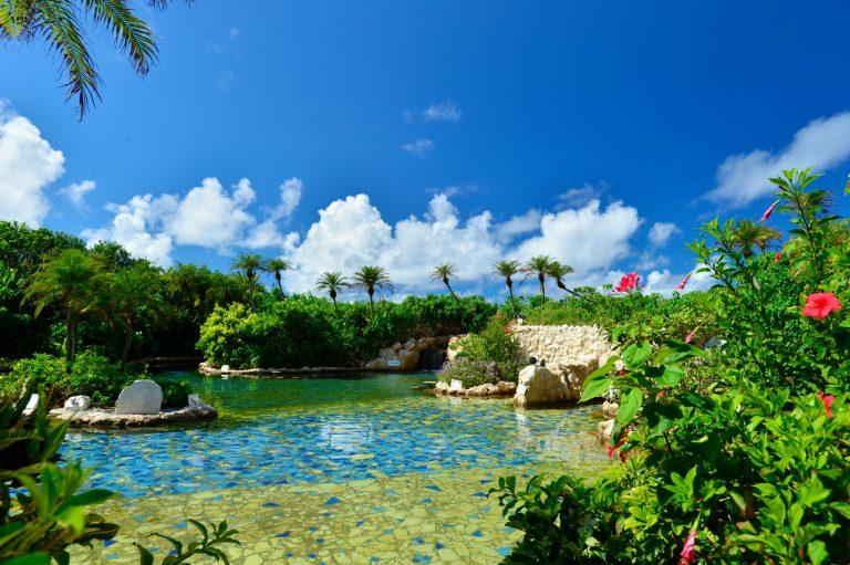カップル旅行におすすめ!【沖縄・青森・島根】全国のおしゃれな温泉宿へ。