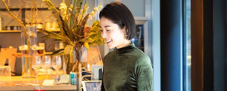 コスメPR・福本敦子さんに聞いた!「9割外食」でも美を保つ秘訣とは?