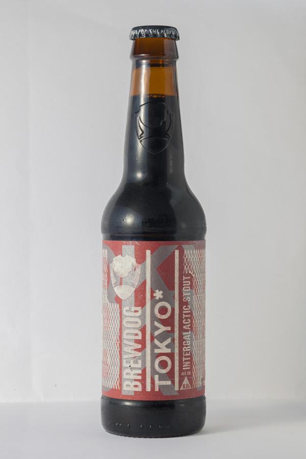アルコール度数16.5%のTOKYO 1,400円は、12℃以上で味わう。